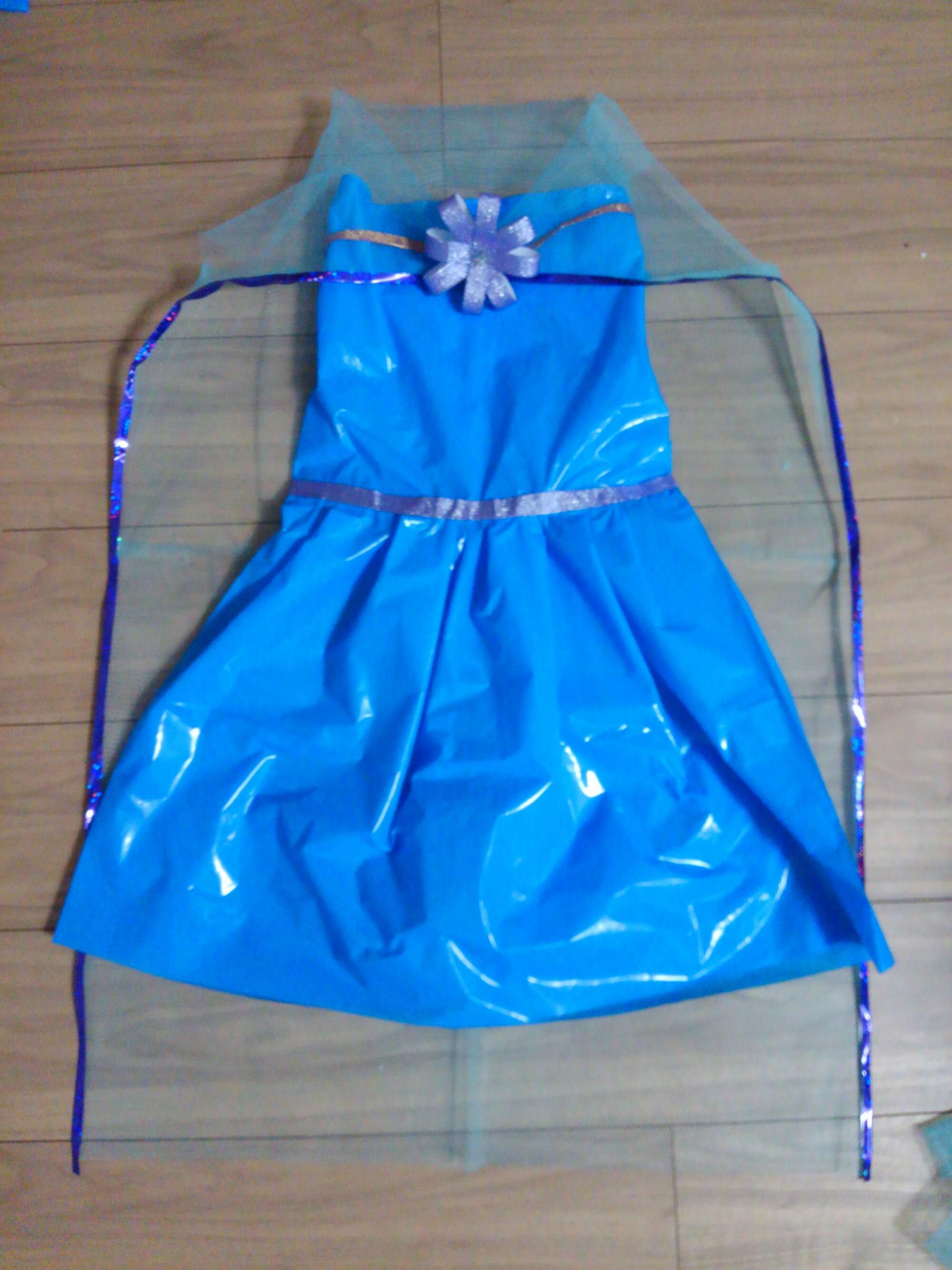 エルサ風ドレス